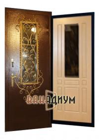 Дверь со стеклом и ковкой СК10