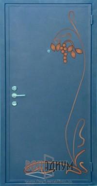 Дверь с элементом ковки К13