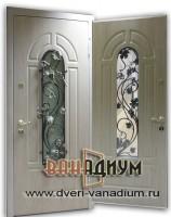 Дверь со стеклом и ковкой СК7