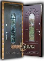 Металлическая дверь со стеклом и ковкой СК27
