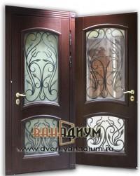 Металлическая дверь со стеклом и ковкой СК18