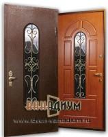 Дверь со стеклом и ковкой СК12