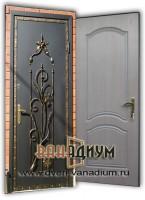 Дверь с элементом ковки К18