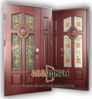 Металлическая  входная дверь с витражным стеклом 01.
